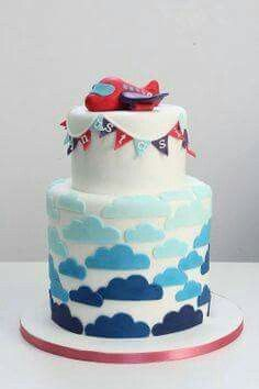 Plane and clouds cake
