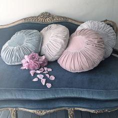 velvet pillows and settee ❤