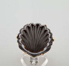 Carved agate shell ring. Etsy listing at https://www.etsy.com/listing/192419540/exquisite-natural-skulptured-agate-in