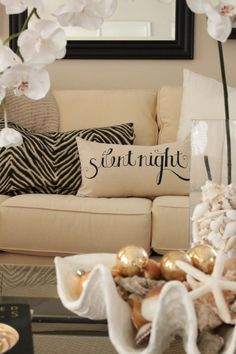 Love Starfish Cottage's Living Room (and the pillow) =)