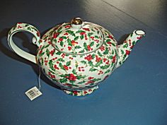 Special Place Christmas Holly Teapot New W Tags