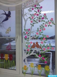 Window Cards, Painted Clothes, School Decorations, Big Flowers, Door Wreaths, Kids And Parenting, Arts And Crafts, Nursery, Jar