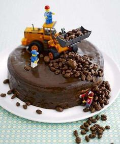 original children's Special decoration of birthday cakes - # - Kuchen Ideen :) - Cake Cake Cookies, Cupcake Cakes, Cake Original, Digger Cake, Digger Birthday Cake, Gateau Harry Potter, Special Birthday Cakes, Truck Cakes, Lego Cake