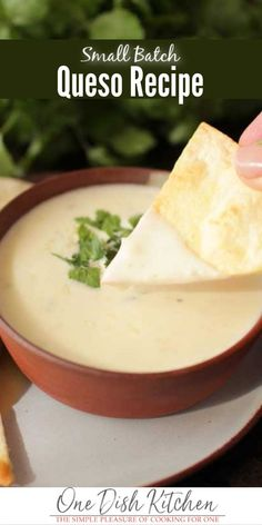 This white queso recipe is our favorite! It's creamy, easy to make, and you only need 3 ingredients… Kitchen Dishes, Kitchen Recipes, Food Dishes, Cooking Recipes, Batch Cooking, Food Food, Dip Recipes, Fall Recipes, Cheese Recipes