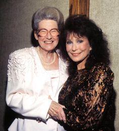 Minnie Pearl & Loretta Lynn