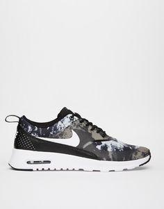 online store 333ef 13c0f Längtar efter mina nya träningsskor! Nike Thea Black Print Trainees, från  asos.com