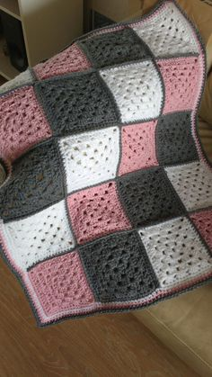 Granny square baby blanket 60 215 80 Granny square baby blanket 60 215 80 Daniela crochet Granny square baby blanket soft acryl size 60 215 80 cm can be made in nbsp hellip Granny Square Häkelanleitung, Granny Square Crochet Pattern, Crochet Granny, Crochet Blanket Patterns, Baby Blanket Crochet, Granny Squares, Crochet Baby, Knitting Patterns, Square Patterns