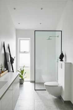Bathroom Design Inspiration, Modern House Design, My Dream Home, Milan, Toilet, Bathrooms, Sweet Home, Bathtub, Home And Garden