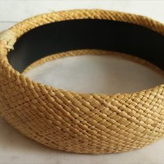 Fine Rope Weave Bangle  Dimensions +/- :  8cm diameter x 2,5cm width     Weight +/- :  38 g total