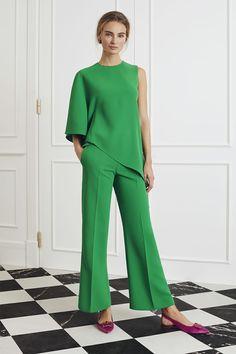 CH Carolina Herrera Evening - Look 11 Party Fashion, Love Fashion, Fashion Looks, Womens Fashion, Fashion Design, London Fashion, Evening Outfits, Evening Dresses, Carolina Herrera Dresses