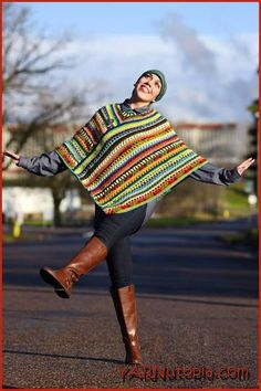 Free pattern and video tutorial Pizzazz Poncho
