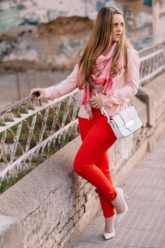 PINK AND RED http://www.emmalovesfashion.com/pink-and-red/