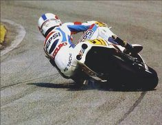 Kevin Schwantz, smokin' his boot & leaving a darkie with the front!!