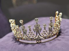 Tiara that belonged to Elizabeth Taylor,  part of her extensive fine jewelry collection