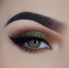 G r e e n with envy - 1. Smooth Canvas Long Wear Shadow Primer 2. Foil Eyes 28 Color Eyeshadow Palette (green and white foiled eyeshadow) 3. Blushed Neutrals 26 Color Palette (transition shades) 4. BH Studio Pro Waterproof Gel Eyeliner, 5. Long Sexxy Lashes Lenghtening Mascara on bottom lashes #BHBeauty  #BHCosmetics