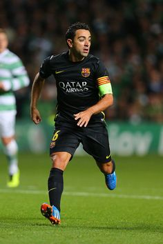Xavi Hernandez, Barcelona Team, Football Boys, Football Players, Siren Season 1, Euro 96, Latest Football News, Sports Betting, Kicks