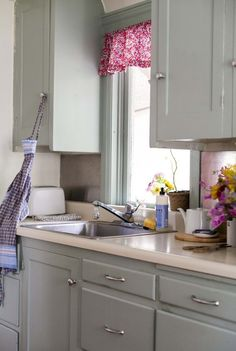 How To Get an Out-of-Control Kitchen Back on Track — Apartment Therapy's Home Remedies