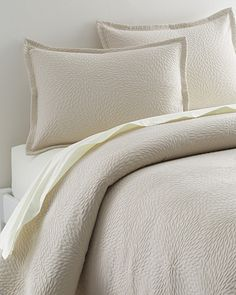 Dahlia Cotton Coverlet and Sham
