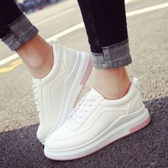 2017 new Running Shoes women Outdoor Sneakers Sports Flat Breathable Trail  Run Free Walking Shoes Jogging 1fee2648d65a