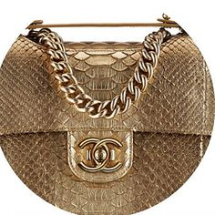 You want a Chanel handbags or Chanel small handbag then Check out the site press the highlighted bar for additional choices -- Burberry Handbags, Chanel Handbags, Fashion Handbags, Tote Handbags, Purses And Handbags, Fashion Bags, Chanel Bags, Designer Bags Online, Designer Handbags