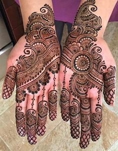 Mehndi design is extremely very famous for every occasion. Everyone can find best mehndi design for any festival. Simple and Easy Mehndi Designs Images. Best Arabic Mehndi Designs, Mehandi Design For Hand, Mehndi Designs 2018, Mehndi Design Pictures, Henna Designs, Mehndi Images, Arabic Design, Mehndi Simple, Simple Mehndi Designs