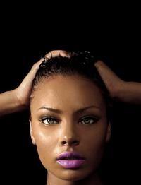 eva-pigford in purple lipstick