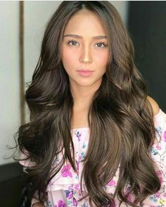 Learn about new hair care tips and hints. Learn about new hair care tips and hints. Kathryn Bernardo Hairstyle, Kathryn Bernardo Outfits, Filipina Beauty, Filipina Makeup, Hot Hair Styles, Quick Hairstyles, Asian Hairstyles, Hair Care Tips, Prom Hair