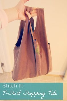 T-Shirt Shopping Tote Tutorial | how to make a box bottom in sack - The Borrowed Abode