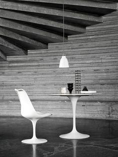 Buy the Fritz Hansen Caravaggio Pendant Light Direct Lighting, Cool Lighting, Modern Lighting, Pendant Lighting, Pendant Lamps, Caravaggio, Fritz Hansen, Saarinen Table, Eero Saarinen