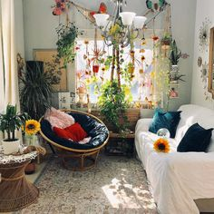 New Stylish Bohemian Home Decor and Design Ideas - Host your website with VPS Hosting which can accomodate ten thousands visitors a day - New Stylish Bohemian Home Decor and Design Ideas Hippy Room, Hippie Room Decor, Bohemian Decor, Modern Bohemian, Bohemian Apartment Decor, Bohemian Dorm Rooms, Hippie Bedrooms, Bohemian Homes, Home Bedroom