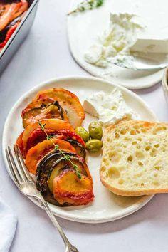 Briam (Greek Vegetable Bake) - Little Sunny Kitchen Medeteranian Recipes, World Recipes, Vegan Recipes, Greek Vegetables, Baked Vegetables, Veggies, Vegetarian Greek Recipes, Vegetarian Dish, Cheesy Leeks