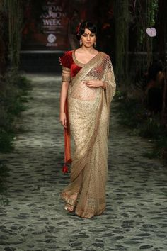 Aamby Valley Bridal Fashion Week 2012: Tarun Tahiliani Bridal Couture