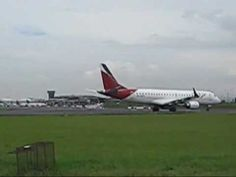 Costa Rica Aviones despegando y aterrizando 17 sept 11