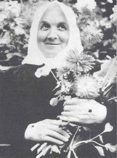Mystics of the Church: Therese Neumann -Mystic Victim Soul & Stigmatic
