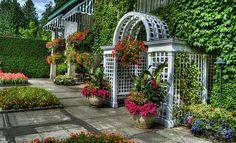 Beautiful Italian garden. -Maura