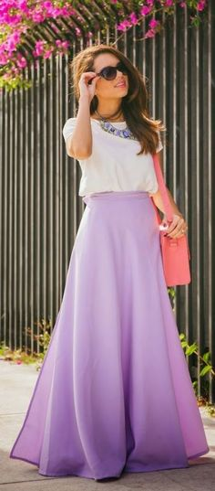 this maxi skirt is so cute for spring!