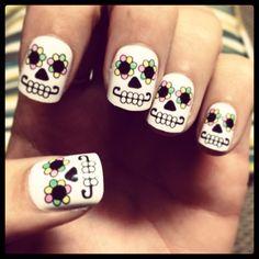 Nails are a must during Halloween - Nail designs - halloween nails Halloween Acrylic Nails, Halloween Nail Designs, Halloween Halloween, Diy Nails, Cute Nails, Pretty Nails, Sugar Skull Nails, American Nails, Vacation Nails