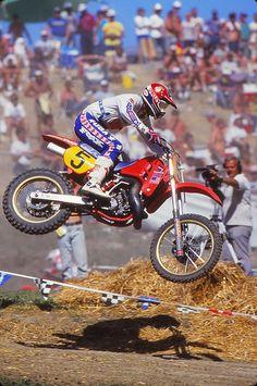 Yamaha Motocross, Motocross Love, Motocross Racer, Vintage Motocross, Honda Dirt Bike, Honda Bikes, Honda Motorcycles, Motorcycle Bike, Mx Bikes