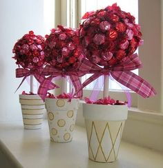 decorating with umbrellas for a bridal shower | ... , Mail Carrier | Tips for Planning a Bridal Shower with PurpleTrail