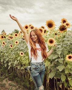 """17.3k Likes, 204 Comments - JACI CARLSON (SMITH) (@jacimariesmith) on Instagram: """"Happy because i'm in a field of sunflowers and also because we just posted a new Youtube video!…"""""""