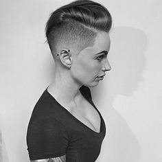 "518 Likes, 11 Comments - #BuzzCutFeed (@buzzcutfeed) on Instagram: ""Super Fresh Pixie Hawk Taper Fade By @mikeyyyyyyy_ #UCFeed #BuzzCutFeed #Undercut #Undercuts…"""