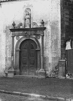 Portal da Ermida de S. Joãozinho, em Évora