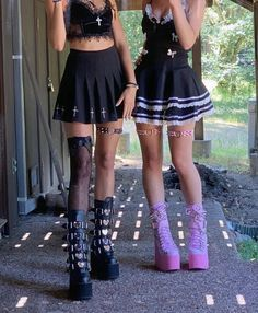 Edgy Outfits, Grunge Outfits, Pretty Outfits, Cool Outfits, Fashion Outfits, Emo Fashion, Alternative Outfits, Alternative Fashion, Aesthetic Fashion