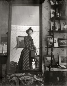 The World's First Selfie: Edwardian woman in 1900 with a Kodak Brownie box camera might be the oldest selfie ever taken.