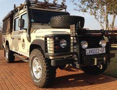 // landie-universe:  Land Rover Defender