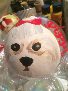 Personalized pet ornament. Just send me a pic! #robynseggblue