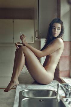 irish girls nude smoking