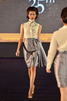 jc buendia anniversary gala show Archives – Kelly Misa Modern Filipiniana Dress, Debut Ideas, Barong, 25th Anniversary, Women Wear, Glamour, Crop Tops, Stylish, My Style
