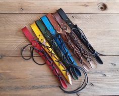 #accessories #costumeaccessories #wands #wandholster #magicwand #wizard #magicwandholster #wandsheath #wand #wandholsyer #larp #witch #witchcraft #wiccan #wizardry #potter Harry Potter Decor, Harry Potter Wand, Witch Wand, Harry Potter Christmas, Fantasy Artwork, Larp, Natural Leather, Leather Working, Magic
