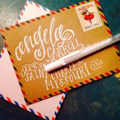These @USPS circus stamps pair perfectly with this vintage-inspired stationary. This letterer is in love.